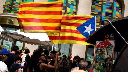 La gran mayoría de los españoles, a favor de impedir el referéndum aunque sea por la fuerza
