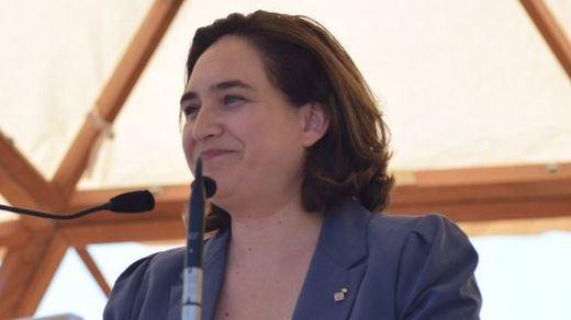 Ada Colau se pasa ahora a una posición ambigua: ¿dejará votar en Barcelona?