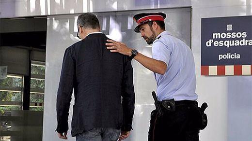 Los Mossos, en teoría, acatarán la orden de retirar las urnas del referéndum: ¿qué planes tiene la Generalitat?