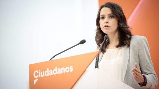 Ciudadanos fracasa en su intento de presentar una moción de censura contra Puigdemont