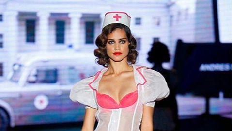 El diseño de Andrés Sardá que ha desatado la ira de la Enfermería