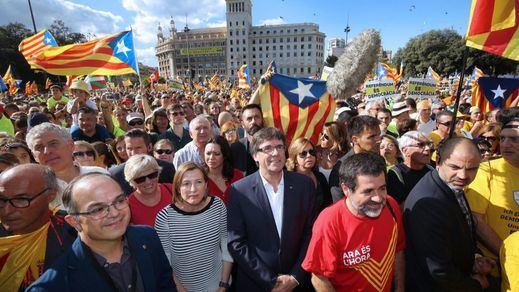 Peligran las nóminas y las facturas de los servicios fundamentales de Cataluña por la guerra Madrid-Barcelona
