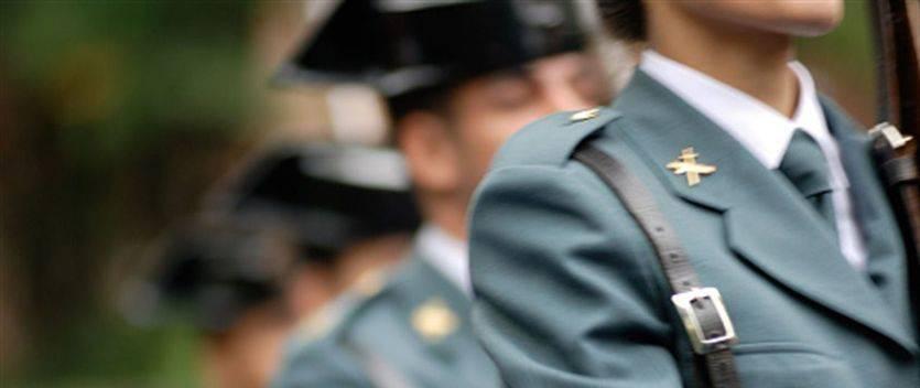 Interior suspende las vacaciones y permisos de policías y guardias civiles destinados en Cataluña