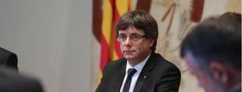 Puigdemont, inasequible al desaliento, publica los colegios electorales para votar el 1-O
