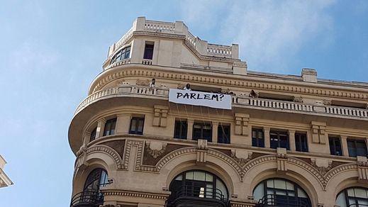 El edificio de la sede de 'Diariocrítico', noticia por el cartel de