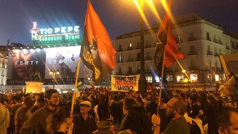 Un centenar de madrileños se manifiestan en solidaridad de los catalanes que querían votar