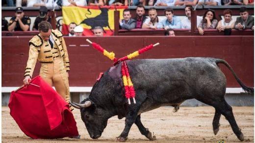 Decepción ganadera en corrida 'patriótica' de cierre de la Feria de Otoño