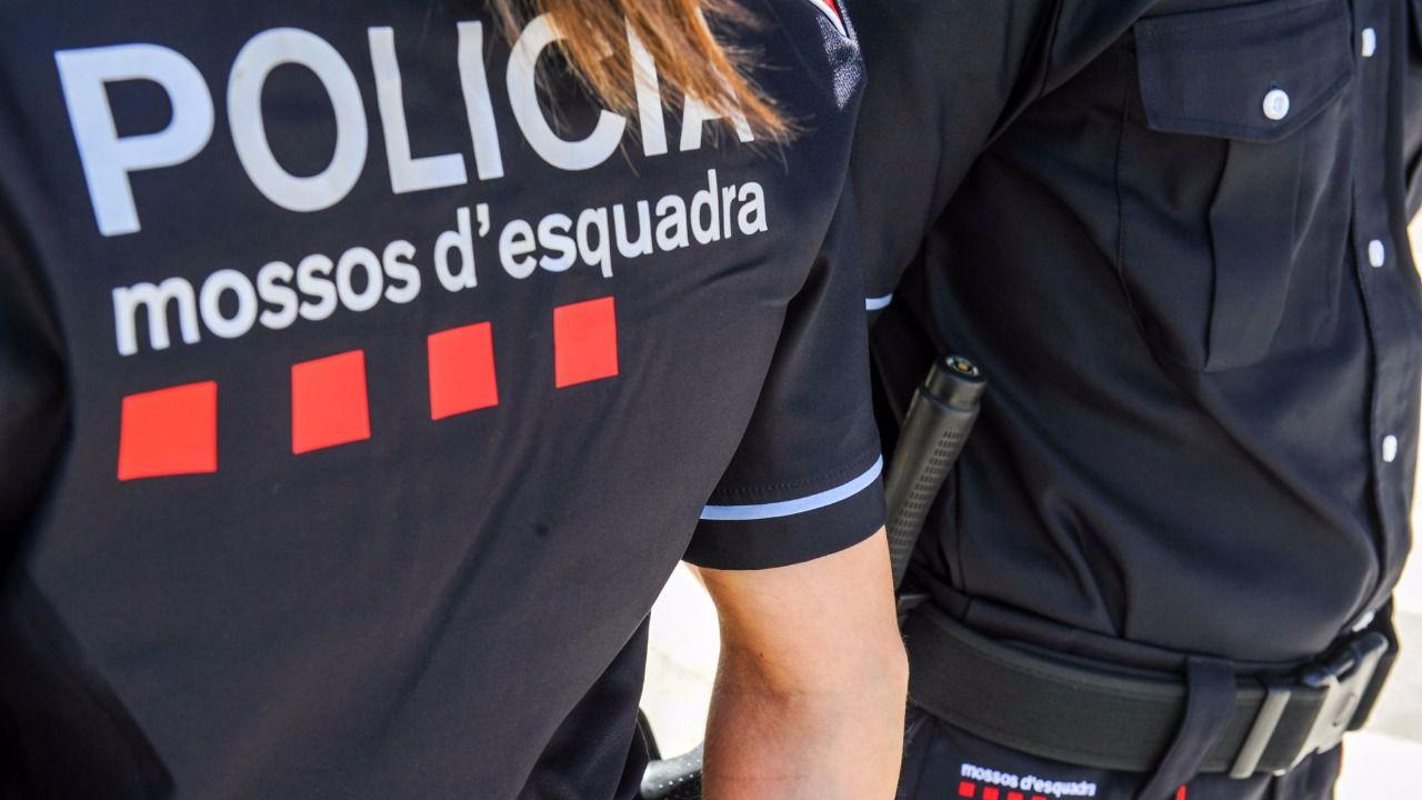 6 juzgados abren diligencias previas contra los mossos d for Juzgados el vendrell
