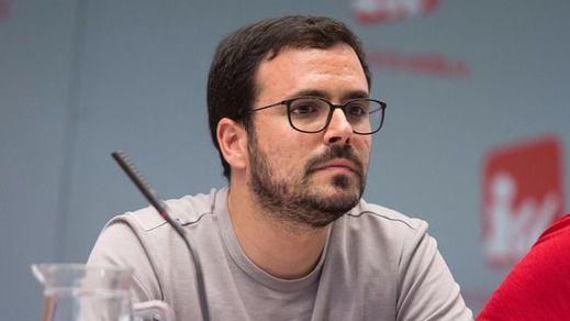 Garzón propone proclamar la República federal para frenar a Rajoy y Puigdemont