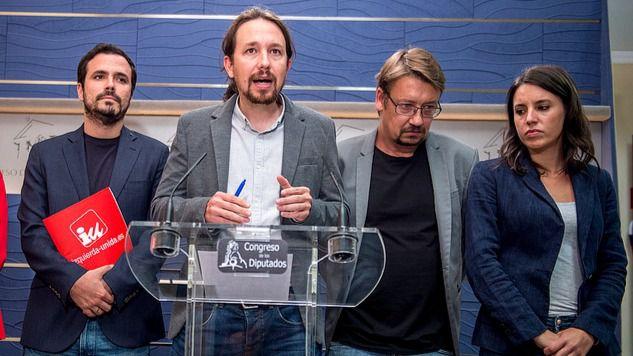 Pablo Iglesias comparece junto a Yolanda Díaz (En Marea), Alberto Garzón (IU), Xavier Domènech (En Comú) e Irene Montero