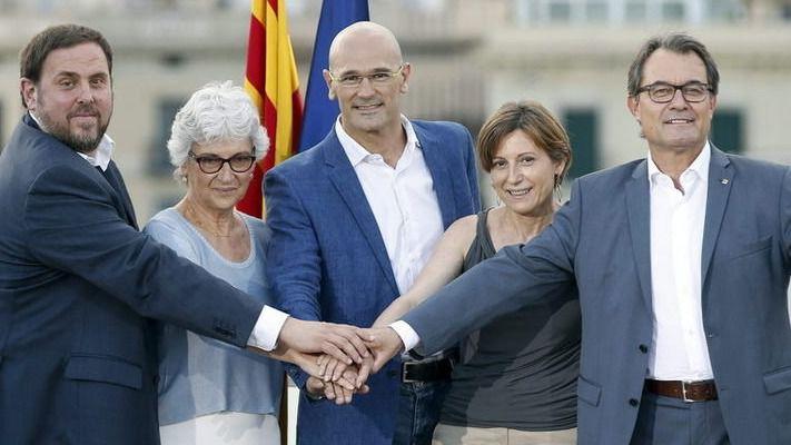 El PDeCAT, atrapado entre los radicales de ERC y la CUP: le exigen la declaración de independencia sin 'dilaciones'