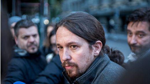 Pablo Iglesias, abucheado en Barcelona al grito de