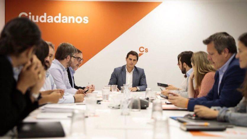 Rivera advierte al Gobierno de que la inacción en Cataluña generará consecuencias traumáticas