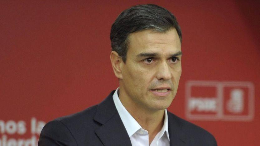 Y Sánchez volvió a esconderse... el líder del PSOE no dio la cara ante los medios tras la declaración de Puigdemont
