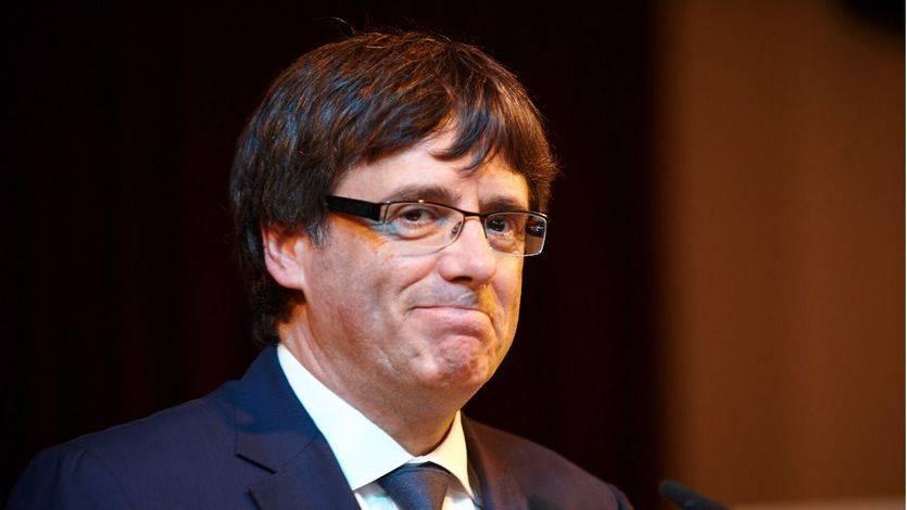 Puigdemont ofrece a Rajoy 'sentarse a hablar sin condiciones'