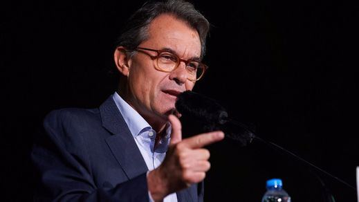 Artur Mas deposita 2,2 millones en el Tribunal de Cuentas por el 9-N, menos de la mitad de la fianza fijada