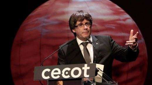 Salvo sorpresa de última hora, Puigdemont declarará hoy la independencia en el Parlament