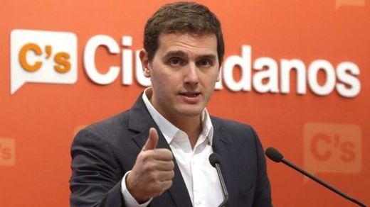 Rivera llama a hacer un frente electoral: