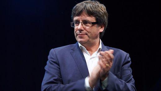 Puigdemont y 5 consejeros cesados se trasladan a Bélgica, donde podrían pedir asilo