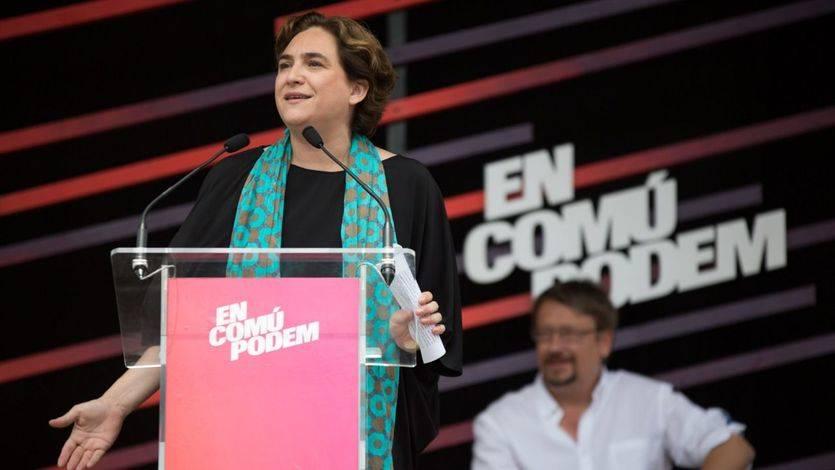 Las encuestas en Cataluña dejan un panorama de caos y confusión donde los 'comunes' tendrán el futuro en sus manos