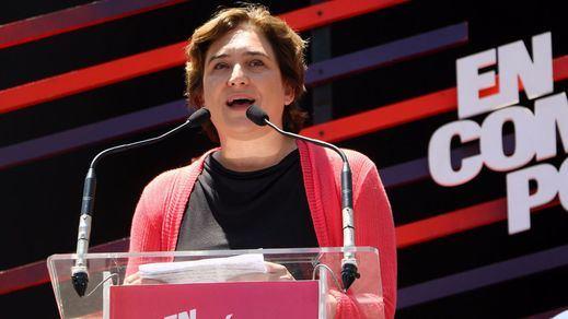 El partido de Ada Colau toma la ambigüedad por bandera política