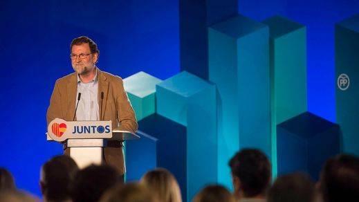 Rajoy apela desde Cataluña al regreso de las empresas 'exiliadas' y critica el boicot comercial