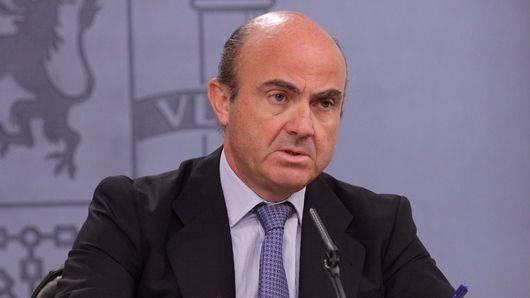 Quieren a De Guindos presidiendo el Eurogrupo, pero descarta otro fiasco