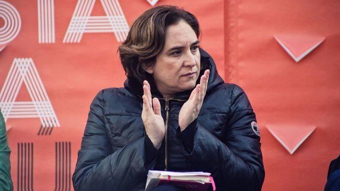 ¿Qué piensa realmente Ada Colau? ¿Es independentista? ¿Cómo es su partido?