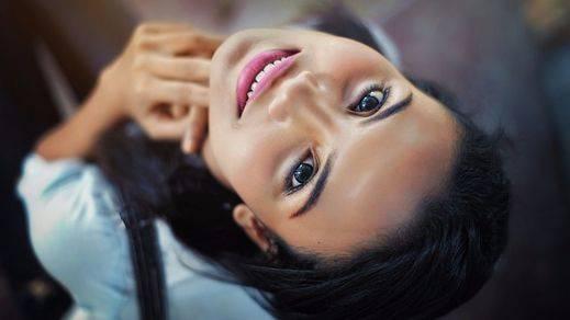 Mujer Acuario: características y amores compatibles