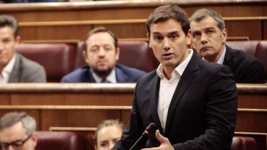 Rivera retoma la línea dura contra Rajoy ante las elecciones: 'Haga su trabajo y evite que haya injerencias extranjeras'