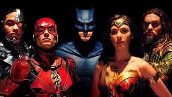 Batman y compañía traen 'La Liga de la Justicia' a nuestros cines
