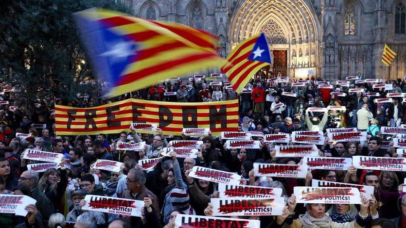 Los mediadores niegan las amenazas de 'muertos en las calles' que denuncian ERC y la CUP