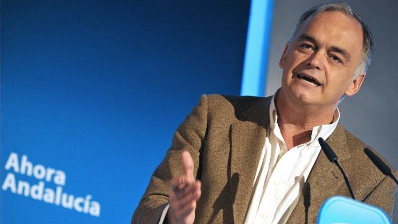 González Pons: 'Ojalá el 22 de diciembre vuelvan los geranios a los balcones, y las banderas a los mástiles'
