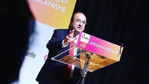 Iceta revuelve el panorama catalán pidiendo Hacienda propia y la condonación de la deuda