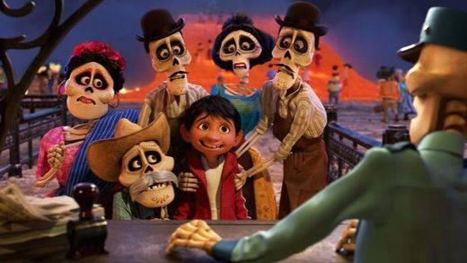 'Coco': la 'disneyficación' de Pixar