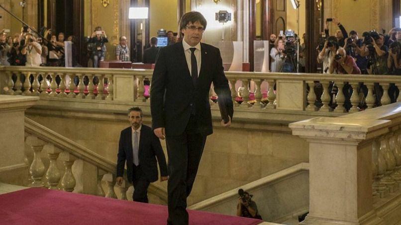 Puigdemont, abocado al exilio permanente... o no: estudia volver en caso de victoria