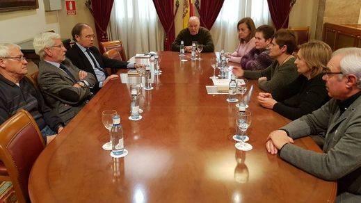 El Senado recibe y apoya a las familias de las españolas-saharauis retenidas en Tinduf