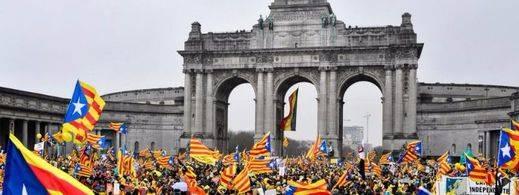 Los independentistas toman el corazón de la Unión Europea con una manifestación masiva