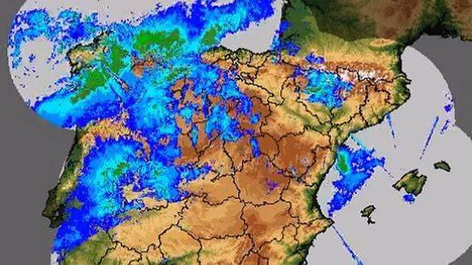 'Ana' sigue golpeando este lunes a toda la Península y Baleares: todas las alertas