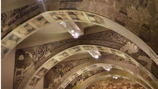 Las obras de Sijena llegan a Aragón tras una jornada de tensión
