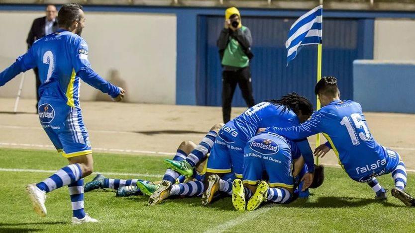 Un caso de 'Manada' en el fútbol: 3 jugadores del Arandina, a prisión provisional por presunto delito sexual
