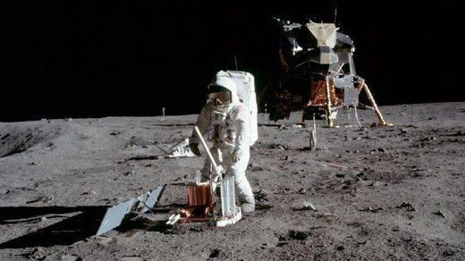 Trump ordena a la NASA volver a pisar la Luna
