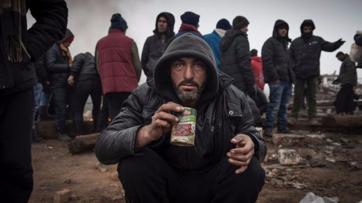 Merkel y Macron abroncan a algunos socios europeos por el bloqueo a los refugiados