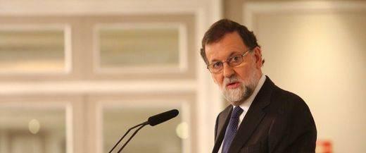 Rajoy niega la amenaza de la FIFA:
