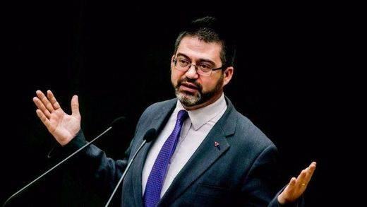 Carmena dinamita el Ayuntamiento de Madrid al destituir al concejal Sánchez Mato