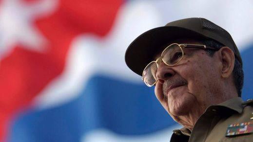 Cuba pospone de nuevo el relevo presidencial de Raúl Castro