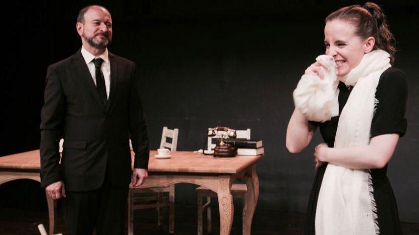 Obra de teatro 'Usted tiene ojos de mujer fatal... en la radio'