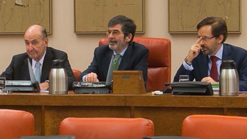 Miquel Roca, en la Comisión para la Evaluación y Modernización del Estado Autonómico del Congreso