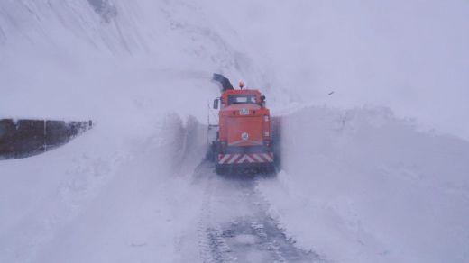 Los avisos meteorológicos presentan otro fin de semana de nevadas que afectará a las carreteras