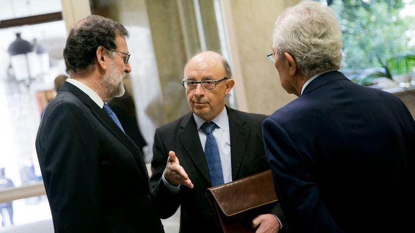 Varios ministros dicen basta a Montoro tras sus nuevos recortes de gasto: '¡Así cualquiera hace un presupuesto!'